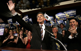 Pro-labor candidate to oppose Schwarzenegger