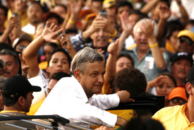 Mexico presidential race reaches boiling point