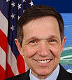 Kucinich urges mass march to end Iraq war