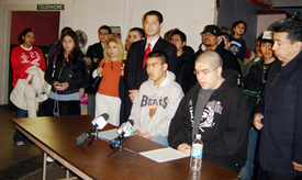 Chicago officials urge end to raids, deportations