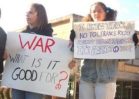 Antiwar high school students win victory: Supporters say Expel military recruiters, not students