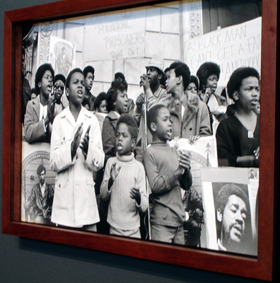 Black Panther Party photo exhibition clarifies history