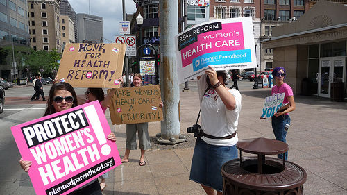 Health reform gets thumbs up from business community