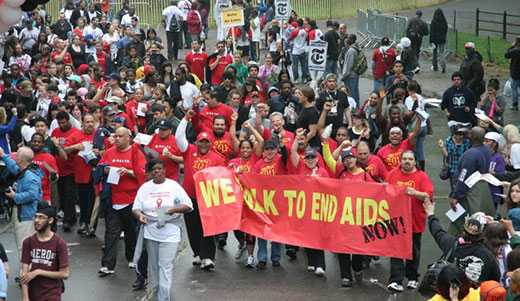 45,000 join AIDS walk in New York