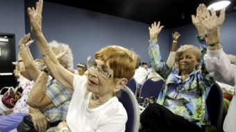 Retiree group working to get seniors to back Obama