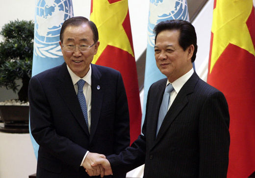 Vietnam alarmed by conflict in South China Sea