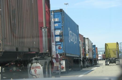 Judge rules for L.A. Clean Trucks Program