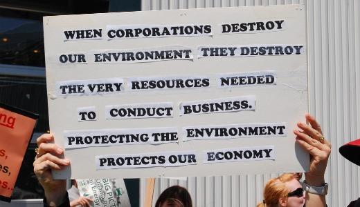 EPA targets dioxin, GOP targets EPA