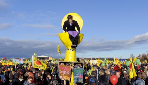 Germans get rowdy to stop nuclear waste