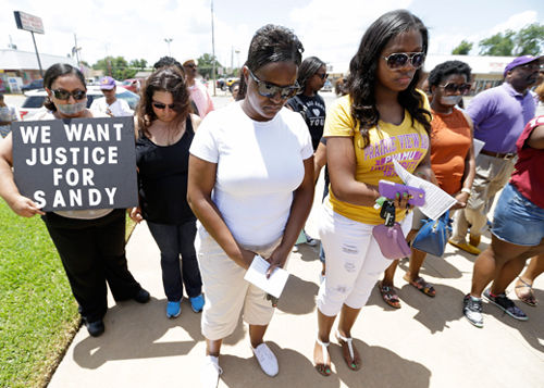 "Sandra Bland had the right to say ""no"""