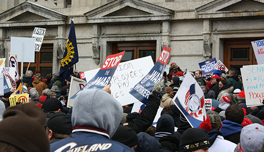 Thousands flood Ohio Capitol to defend union rights