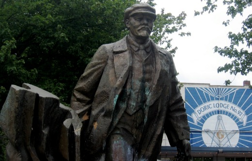 EDITORIAL: Happy birthday, Lenin