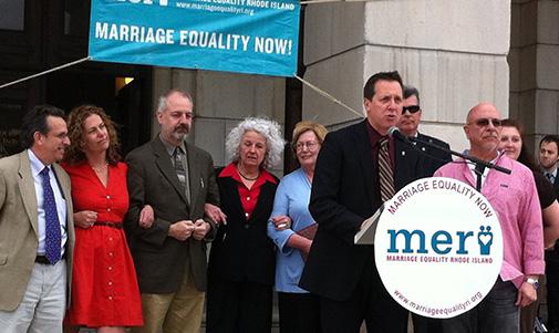 Rhode Island passes civil unions bill, with controversy