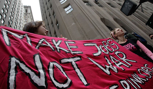 "Demanding economic reform, hundreds ""occupy"" Wall Street"