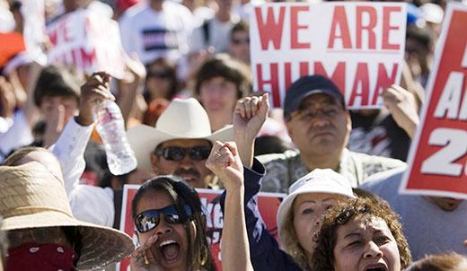 Feds limit Arizona sheriff's immigration crackdown