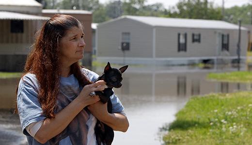 Mississippi flood leaves hundreds homeless in Memphis