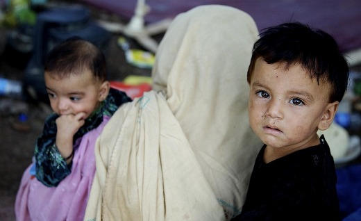 Pakistan flood victims face harsh winter