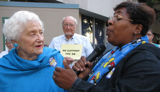 Retirement home residents rally for workers