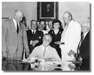 Today in labor history: Roosevelt signs Social Security Act