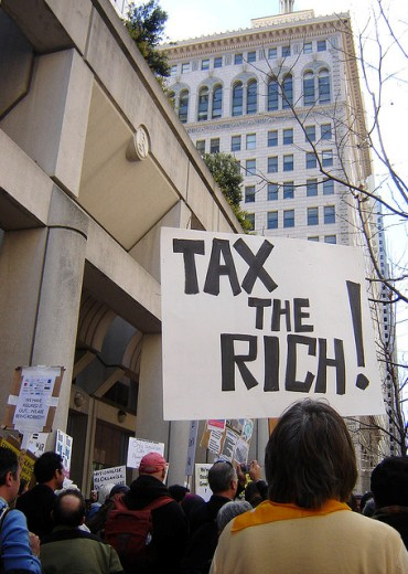 Right-wingers frenzied to save tax cuts for rich