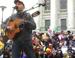 "Rage rocker Morello: ""This is a union town"" (with video)"