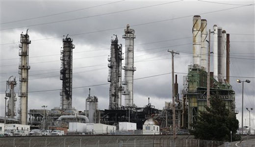 Deadly explosions kill 31 energy workers in one week