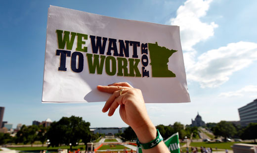 In pilot project, AFL-CIO organizes Minnesota jobless workers