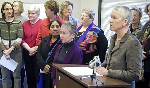 Women leaders call for urgent action on Illinois budget crisis