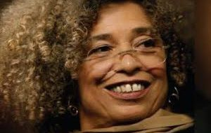 Angela Davis speaks on violence in America at St. Louis meeting