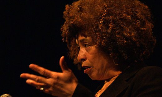 Good news for Alabama: Angela Davis to be honored