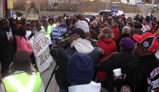 Bridge rally puts focus on jobs, infrastructure