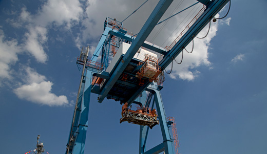 Maritime unions, industry join forces to save jobs