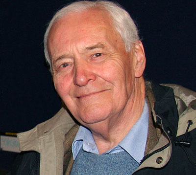 Tony Benn: British labor giant dies