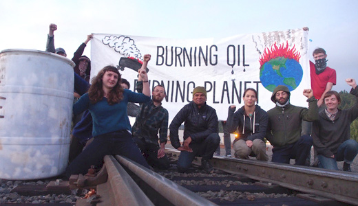 Activists, unionists protest oil-by-rail