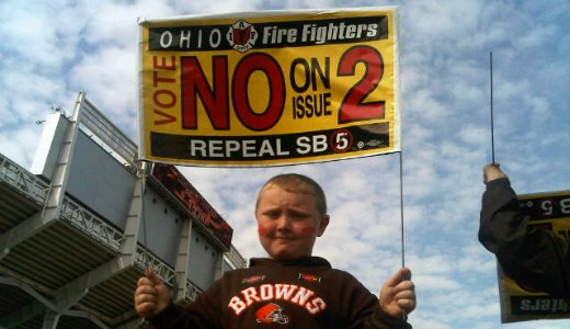 Firefighters rally Browns fans against Issue 2