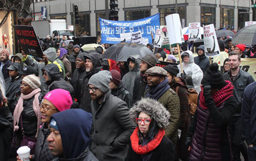 Chicago protesters demand Mayor Emanuel's resignation