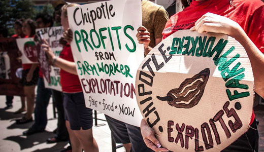 "Chipotle signs ""Fair Food"" pact with Immokalee workers"