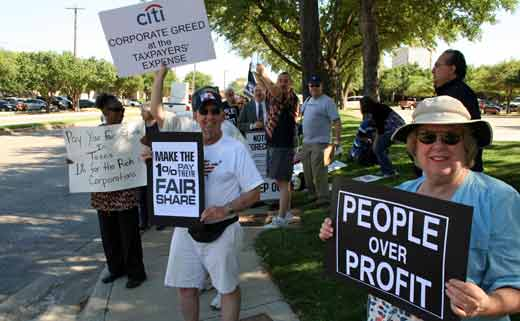 CitiGroup stockholders nix CEO's $25 million as MoveOn pickets meet