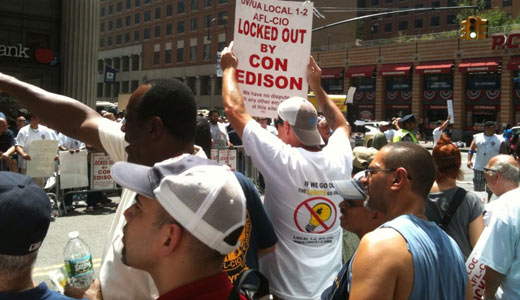 Locked out Con Ed workers demand fair contract