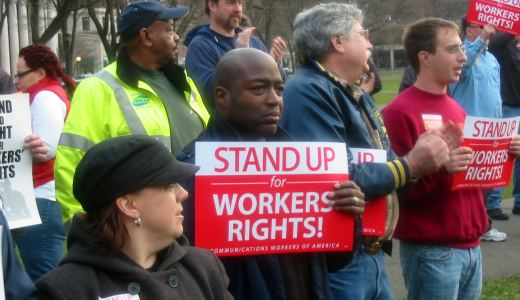 In tough situation, Conn. state workers to vote on contract