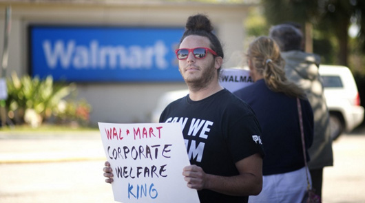 Walmart workers to fast 15 days at Walton family homes