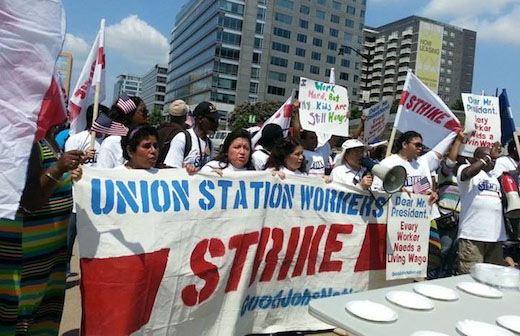 D.C. fast food workers strike, wage complaints reach White House