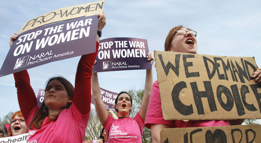 """Up-close with the """"pro-lifers"""" – and the need for Planned Parenthood"""