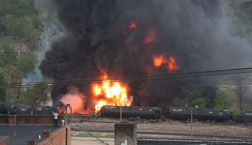 New report says oil trains endanger 25 million