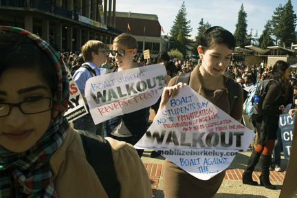 Occupy California students fight cuts and fee hikes