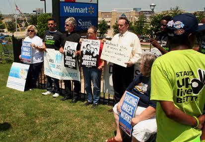 Activists demand re-hiring at Walmart
