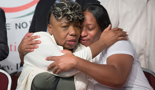 """We can't go back"": Call to organize from Eric Garner's mother"