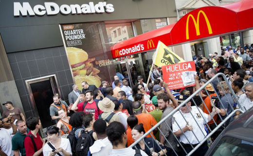 Fast food workers plan civil disobedience during Thursday's nationwide strikes