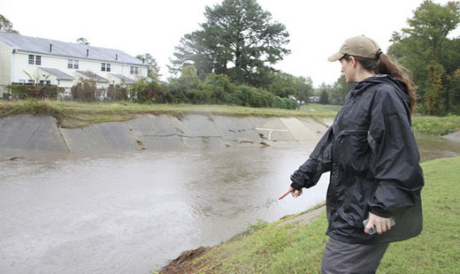 Frankenstorm calls to mind Romney's opposition to federal disaster aid