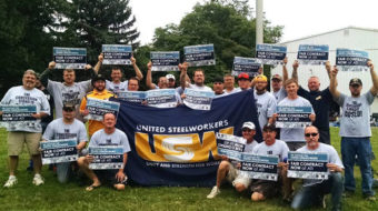 Steelworkers, top firms at odds as contract deadline approaches